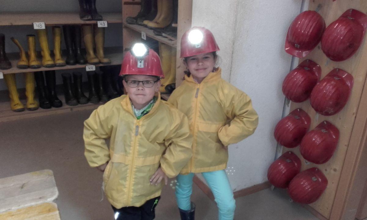 Erkundung Der Grube Wenzel Gut Ausgeruestet