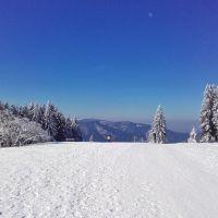 Der letzte Wintertag: Furtwangen, Schnee, Aussicht Brend