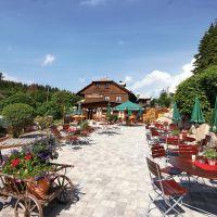 Gasthaus Kolmenhof Donauquelle&martinskapelle Terrasse